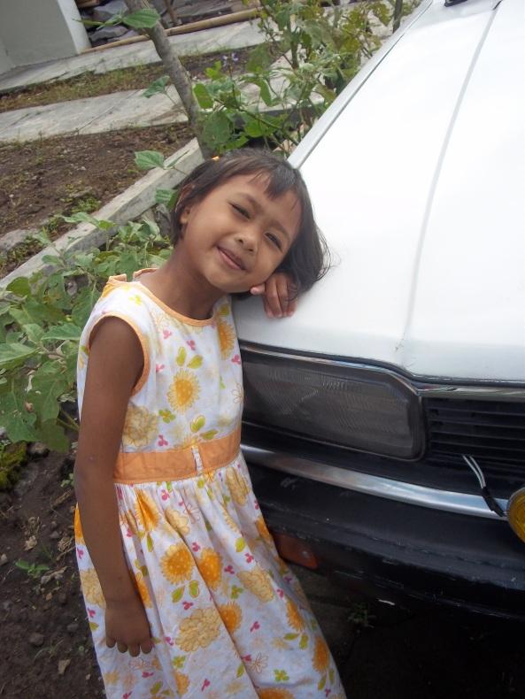 Ponakan Nomer 2. Paling nurut sama auntie, apalagi kalo pake bonus uang jajan :)