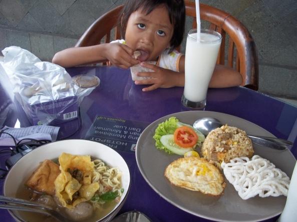 Nasi Goreng & Bakso, Menu Lain  Untuk Makan Siang