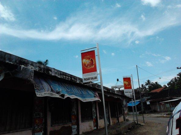 Salah Satu Pasar Sebelum Dusun Di Perbukitan