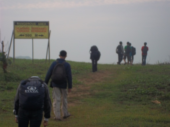 Pasukan yang Bergerak  Menuju Pantai :)