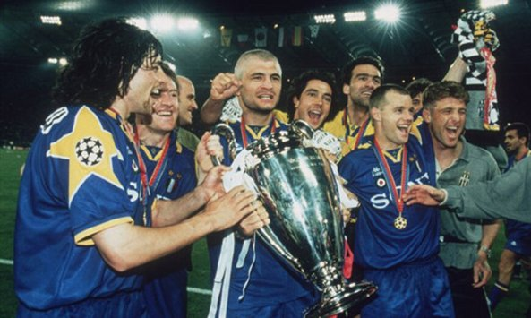 Juara UCL Yang Kedua di Musim 95/96. Semoga Terulang di Musim Ini. Fino Alla fine FORZA JUVENTUS