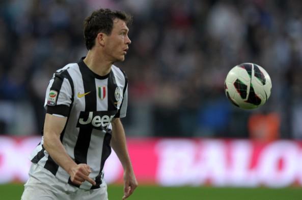 Stephan Linchsteiner.. Swiss Army yang Tak bisa merumput menghadapi Bayern..