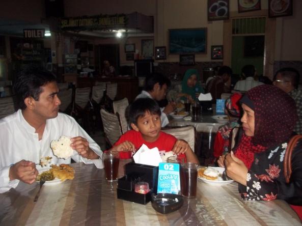 One Family. Keluarga Bapak Heri :)