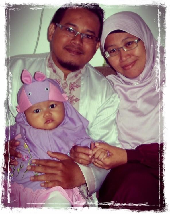 Kakak Kedua & Suaminya + Putri Kecil Mereka